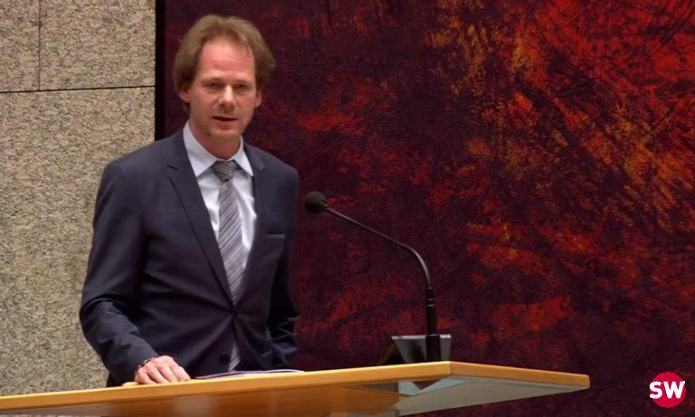 GroenLinks-kamerlid Bart Snels onthult weer een belastingvrijstelling voor de luchtvaartsector (foto: screenshot Debat Gemist)